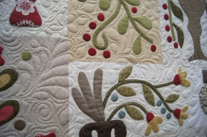 detail-from-jans-applique-quilt1.jpg